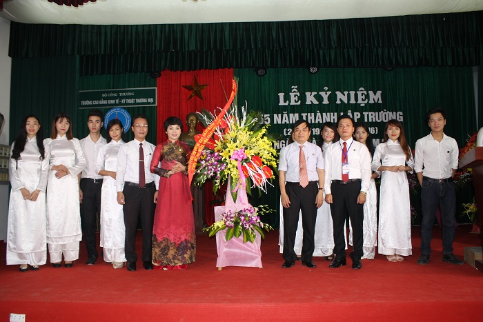 55 thanh lap truong 3