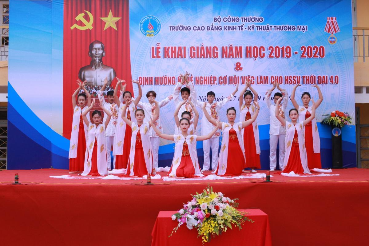 khai giang nam hoc 2019 2020